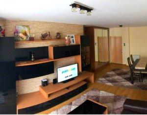 Apartament cu 2 camere, 54 mp, 2 balcoane, etaj 1/9, parcare subterana, Manastur