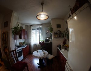 Apartament cu 2 camere, bloc cu lift, str. Horea, zona, Gara