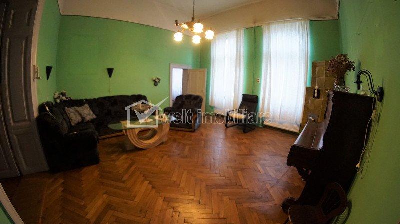 Apartament cu 4 camere, 103 mp, CENTRU