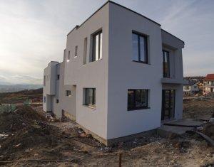 Duplex pe doua niveluri, 3 dormitoare, 2 bai, in zona IRIS - Tineretului