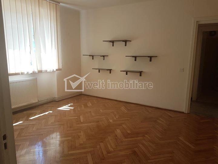 Apartament cu 2 camere, 48 mp, ultracentral, pentru birouri
