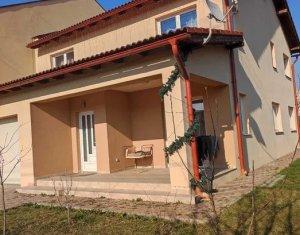 Casa individuala 4 camere, cu suprafata utila de160 mp, teren 400 mp, Gheorgheni