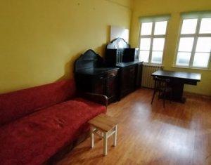 Birou doua camere la casa, decomandat, 60 de mp, zona Grand Hotel Napoca