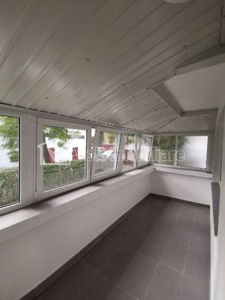 Apartament de inchiriat cu 3 camere decomandate, prima inchiriere, Manastur