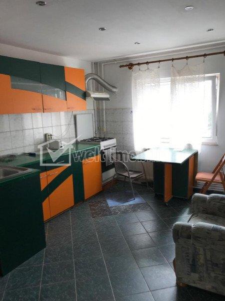 Apartament 3 camere decomandat, 2 bai, zona Calvaria