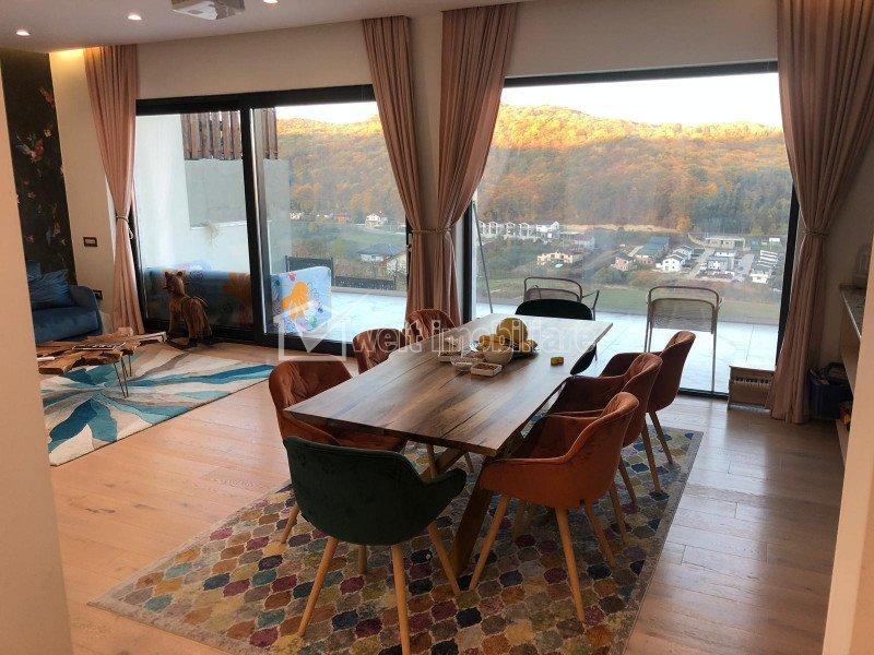 Ház 3 szobák eladó on Floresti