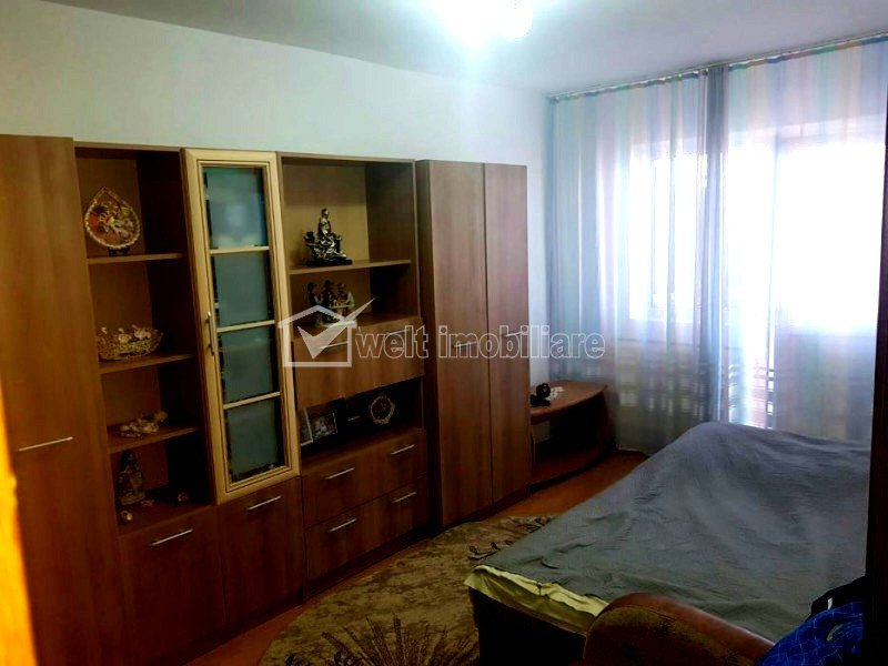 Vanzare apartament 2 camere confort sporit, zona semicentrala, Oasului