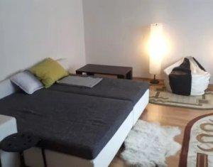 Apartament cu 2 camere 62mp, decomandat, zona Plopilor