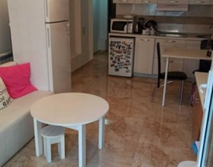Apartament de vanzare, 2 camere, 45 mp, parter, garaj in acte, zona Iulius