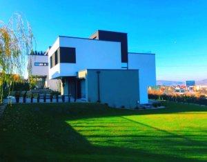 Vila deosebita, 280mp, D+P+E+ER, 5 camere, terasa, garaj, 1000mp teren, in Faget