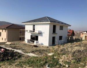 Ház 5 szobák eladó on Chinteni