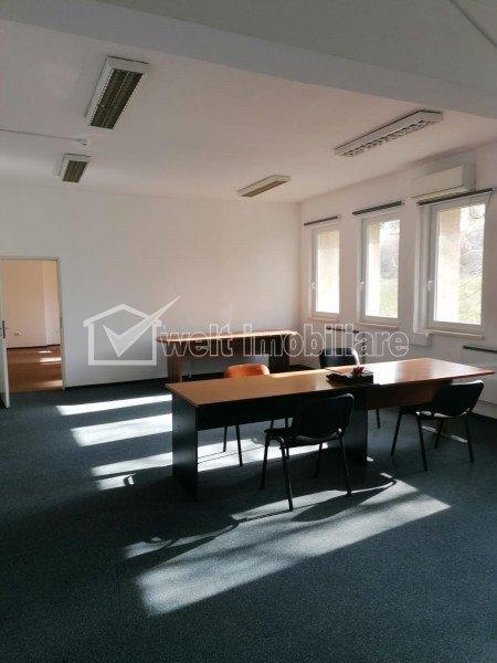 Spatiu birou, compartimentat 100mp zona Piata Cipariu,servicii administrare