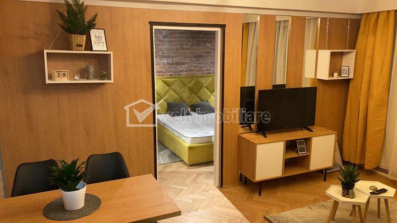 Apartament cu 2 camere, LUX, finisat, mobilat si utilat, Centru!
