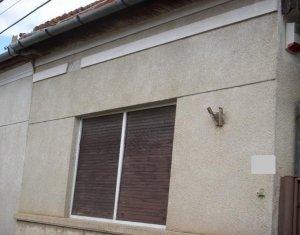 Casa individuala suprafata utila de 115 mp cu teren de 417 mp zona Piata Abator