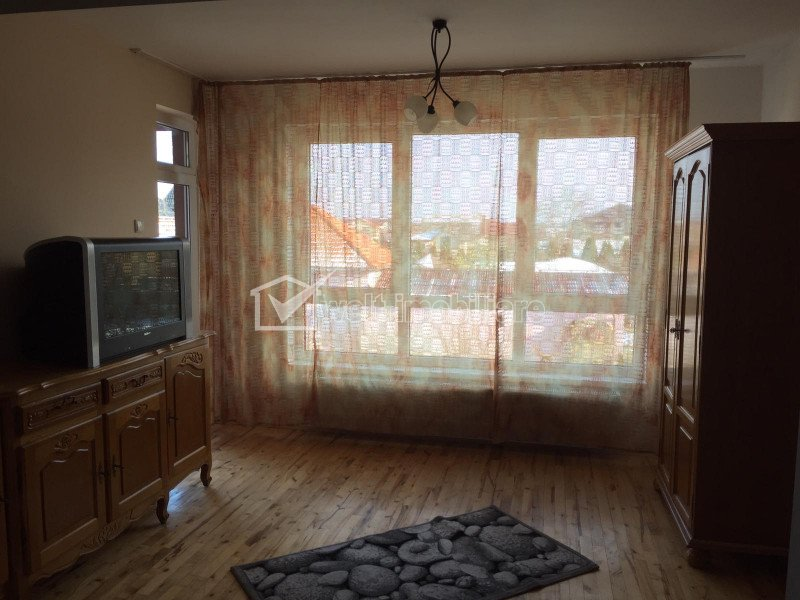 Casa la pret de apartament, de inchiriat, la 5 minute de Vivo Center