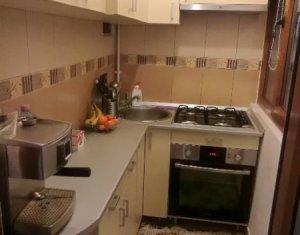 Vanzare apartament cu 3 camere in Manastur, zona Campului, parcare
