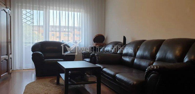 Apartament 3 camere, decomandat, 67 mp, zona Baciu