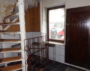 Ház 6 szobák eladó on Cluj-napoca, Zóna Centru