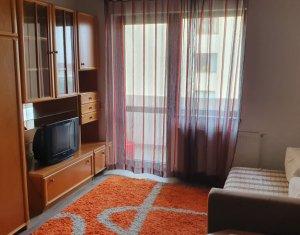 Vanzare apartament 3 camere, situat in Floresti, strada Sesul de Sus