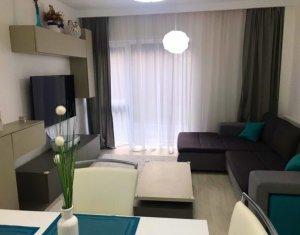 Apartament 3 camere, LUX, 71 mp, 2 balcoane, 2 bai, parcare, in Manastur