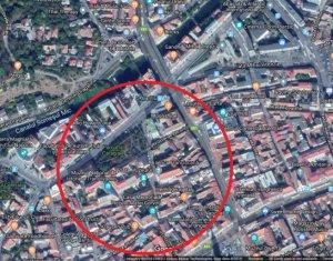 Casa spatioasa Zona Ultracentrala Cluj cu Parcare