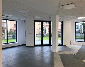 Cladire destinatie birouri, 25 locuri parcare, 825mp, Ultramoderna, Europa
