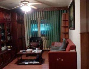 Apartament cu 3 camere, decomandat, 65 mp,P din 4, in Manastur