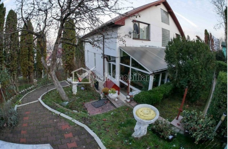 Casa cu piscina, teren 1000 mp, Andrei Muresanu
