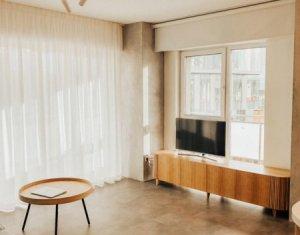 Apartament 2 camere, nou, LUX, parcare+boxa subterana, centru, zona NTT Data