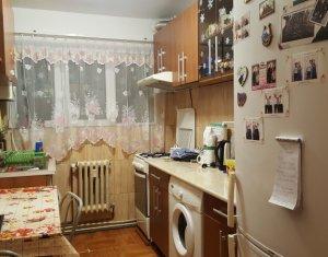 Apartament cu 2 camere decomandate, etaj intermediar, Manastur