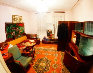 House 3 rooms for sale in Cluj-napoca, zone Dambul Rotund