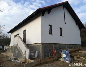 Casa la 25 km de Cluj zona Apahida priveliste natura superba