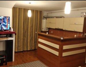 Vanzare apartament  3 camere, situat in Floresti, zona Tineretului
