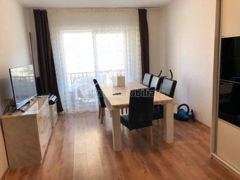 Vanzare apartament 2 camere, decomandat situat in Floresti, zona Florilor