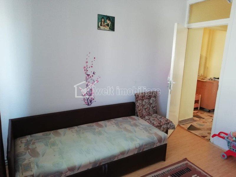 Apartament cu 2 camere, decomandat, Intre Lacuri