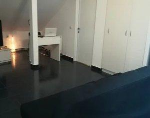 Vanzare apartament 3 camere Aurel Vlaicu, finisat,  parcare, curte, 88mp