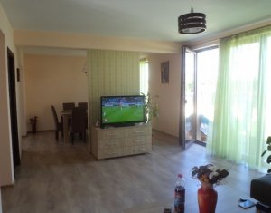House 4 rooms for rent in Floresti