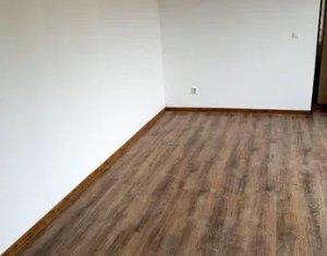 Lakás 3 szobák eladó on Cluj-napoca, Zóna Baciu
