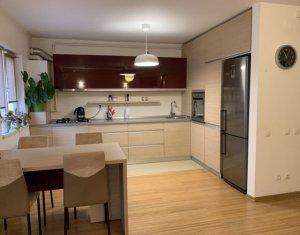 Vanzare apartament cu doua camere, ultrafinisat, centru Floresti