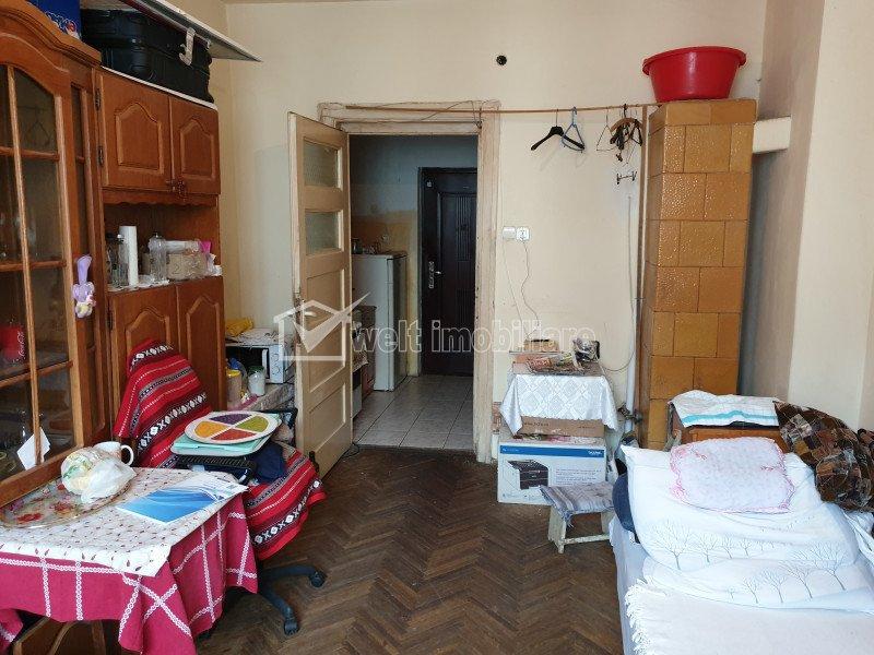 Birou 1 camera, etaj intermediar, strada Dorobantilor, aproape de Centru