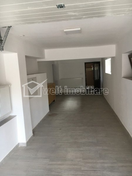 Casa 5 camere, garaj subteran, curte gazon