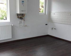 Inchiriere apartament 3 camere decomandat, nemobilat , finisat, Semicentral