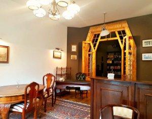 Apartament cu 2 camere semidecomandat, 73 mp, parter inalt, pivnita, Clinicilor