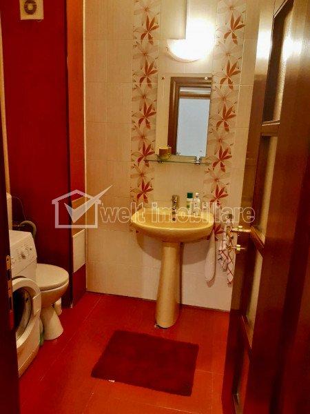 Vanzare apartament cu doua camere, mobilat si utilat, strada Porii, Floresti