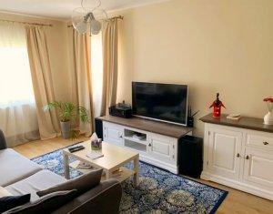 Apartament 4 camere decomandat, 80 mp, 2 bai, 2 balcoane, debara, OMV Manastur