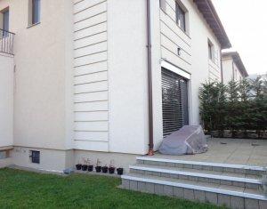Duplex modern, ultrafinisat, 2016, 220 mp utili, garaj 2 auto, Europa