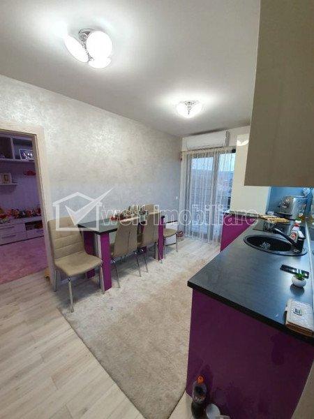 Apartament 2 camere, decomandat, etaj intermediar, Someseni