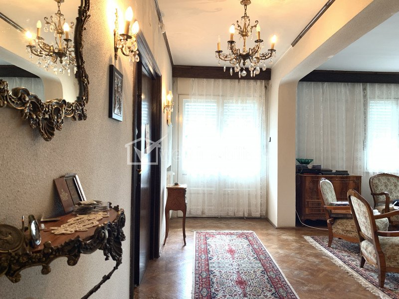 Casa de inchiriat in Grigorescu, zona hotel Napoca, 450 mp, teren 2300 mp