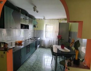 Apartment 4 rooms for sale in Cluj-napoca