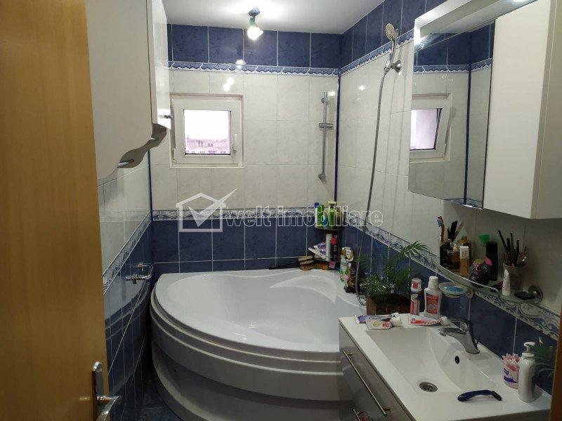 Apartament cu 3 camere, 70 mp, zona Calvaria, Manastur